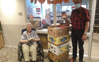 Dromehof schenkt ruim 2000 boeken